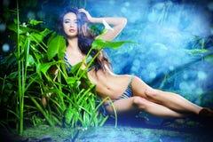 Menina tropical fotos de stock royalty free