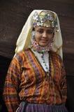 Menina turca no pano tradicional Fotografia de Stock Royalty Free