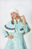 Menina vestida como o russo Papai Noel Fotografia de Stock Royalty Free