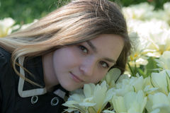 Menina Victoria no jardim Imagens de Stock
