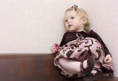 Menina Well-dressed. Fotos de Stock