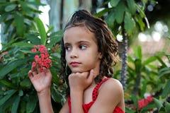 Meninana no jardim Foto de Stock