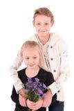 2 meninas adolescentes em um fundo branco Foto de Stock Royalty Free