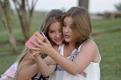 Meninas adolescentes louras Imagem de Stock Royalty Free