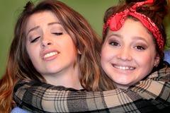 Meninas adolescentes parvas de BFF fotografia de stock