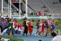 Meninas após o revestimento do evento de Heptathlon Foto de Stock Royalty Free