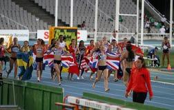 Meninas após o revestimento do evento de Heptathlon Fotografia de Stock Royalty Free