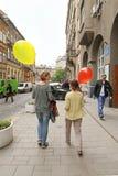 Meninas com balões Fotografia de Stock Royalty Free