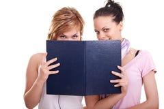 Meninas com livros Imagem de Stock Royalty Free