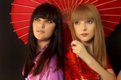 Meninas de gueixa bonitas Fotos de Stock