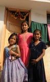 Meninas deficientes com corações bonitos e sorriso doce Imagem de Stock Royalty Free