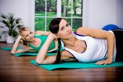 Meninas do Aerobics Imagens de Stock Royalty Free