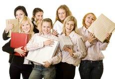 Meninas e presentes Fotos de Stock Royalty Free