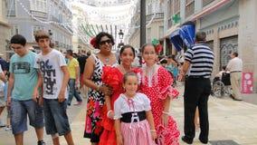 Meninas espanholas no vestido do flamenco Fotografia de Stock