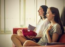 Meninas Excited Imagens de Stock