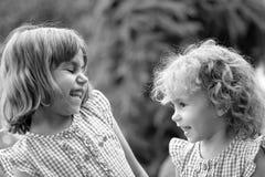 Meninas felizes. imagem de stock royalty free