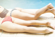 Meninas na piscina Foto de Stock Royalty Free
