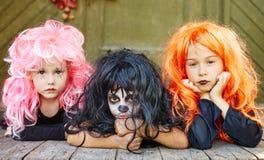 Meninas nas perucas foto de stock royalty free