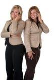 Meninas no telefone móvel imagens de stock
