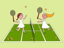 Meninas que jogam o tênis Fotografia de Stock Royalty Free