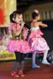 Meninas tailandesas que cantam Fotos de Stock