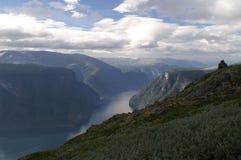 Mening aan Aurlandsfjord, Noorwegen Royalty-vrije Stock Foto's
