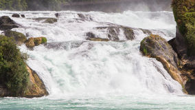 Mening aan de grootste watervallen van Europa in Schaffhausen, Switze Stock Foto's