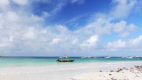 Mening aan de Indische Oceaan, tropische Seychellen stock videobeelden