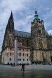 Mening aan de middeleeuwse gotische St Vitus kathedraal Het Kasteel a van Praag Royalty-vrije Stock Afbeelding