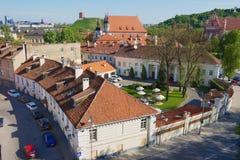 Mening aan de oude stad in Vilnius, Litouwen Stock Foto