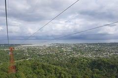 Mening aan de stad van Puerto Plata van de kabelwagentram in Puerto Plata, Dominicaanse Republiek Royalty-vrije Stock Foto's
