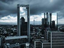 Mening aan horizon van Frankfurt in Duitsland Stock Foto