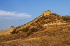 Mening aan ruïnes van middeleeuwse Askeran-Vesting Rep van Nagorny Karabach Stock Foto