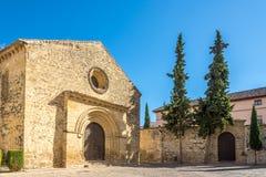 Mening bij de kerk van Santa Cruz in Baeza, Spanje royalty-vrije stock afbeeldingen