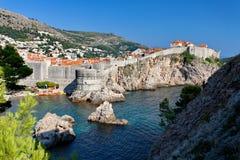 Mening bij de Oude Stad van Dubrovnik van Fort Lovrijenac, Dubrovnik, Kroatië Stock Foto's