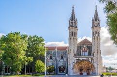 Mening bij de torens van Jeronimos-Klooster in Lissabon, Portugal royalty-vrije stock fotografie