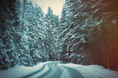 Mening bij de weg van de de winterberg royalty-vrije stock fotografie