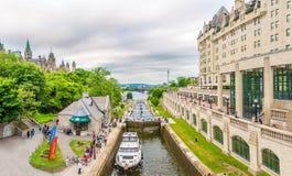 Mening bij het Rideau-Kanaal in Ottawa - Canada royalty-vrije stock foto