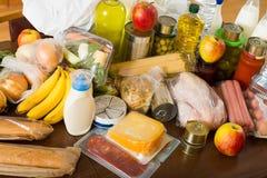 Mening bij lijst met artikelen van voedsel voor familie Royalty-vrije Stock Foto's