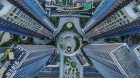 Mening-blazende hommel van de verbazende architectuur in Azië wordt geschoten dat Luchtfotografie van Hongkong stock afbeelding