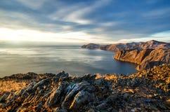 Mening boven groot mooi meer, het meer van Baikal, Rusland Royalty-vrije Stock Afbeelding
