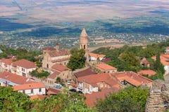 Mening de oude stad aan van Sighnaghi (Signagi) in Kakheti-gebied, Georgië stock afbeeldingen