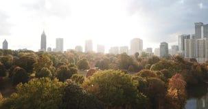 Mening de van de binnenstad van Atlanta Georgia Aerial stock footage