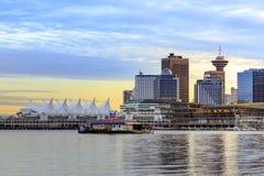 Mening de Van de binnenstad van Vancouver van Stanley Park stock foto's