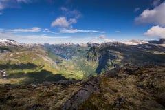 Mening in Geiranger-fjord van Dalsnibba stock foto