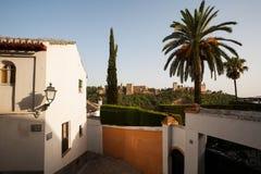 Mening naar Alhambra in oude stad van Granada Royalty-vrije Stock Afbeelding