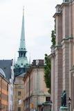 Mening onderaan een typische straat van Stockholm Royalty-vrije Stock Foto's