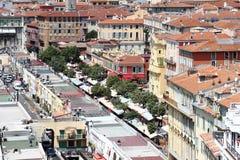 Mening op Nice en de markt van Cours Saleya in Frankrijk Stock Afbeeldingen