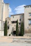 Mening in oude Gerona door de kathedraal Stock Afbeeldingen