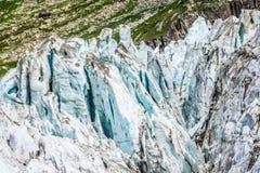 Mening over Argentiere-gletsjer Wandeling aan Argentiere-gletsjer met Th royalty-vrije stock afbeelding